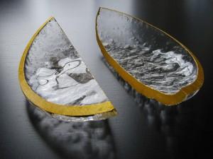 Fragmentti (2011-2016) blown glass, cut, gold leaf